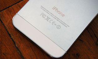 Sản phẩm số - iPhone có thể không còn logo Apple ở mặt sau