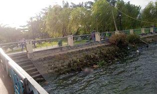 Xã hội - Tá hỏa phát hiện xác người đàn ông nổi trên sông Sài Gòn
