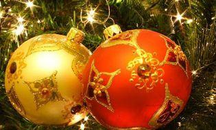 Giới trẻ - Các bước trang trí cây thông Noel đơn giản nhưng đẹp nhất