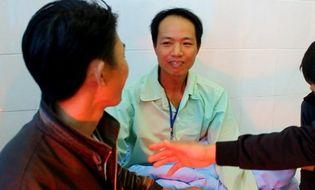 Xã hội - Nạn nhân vụ sập hầm thủy điện Đạ Dâng kể chuyện giữ ấm cho nhau