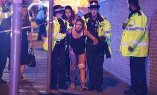 Tin thế giới - Hiện trường vụ nổ lớn tại nhà thi đấu Manchester, ít nhất 19 người chết
