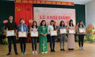 Giáo dục - Hướng nghiệp - Nữ sinh đạt 25,75 điểm tiết lộ lý do chọn trường Cao đẳng Y Dược ASEAN