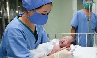 Sức khoẻ - Làm đẹp - Những cháu bé đầu tiên chào đời bằng phương pháp thụ tinh ống nghiệm tại Nghệ An