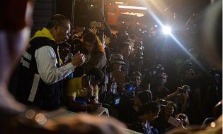 Theo dòng - Hai nhà làm phim Hollywood có mặt tại hang động Thái Lan