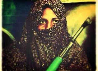 Video: Bà mẹ tiêu diệt 25 phần tử Taliban để trả thù cho con
