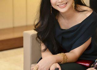 Doanh nhân - Mẹ chồng Hà Tăng nắm quyền lực trong doanh nghiệp hàng không