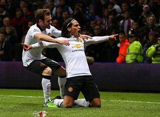 Bóng đá - MU 1-1 Aston Villa: Chơi hơn người, M.U vẫn bị cầm hòa