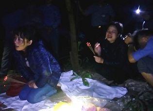 Tin trong nước - Vụ lật tàu, 3 người chết ở Thừa Thiên Huế: Nước mắt của người vợ