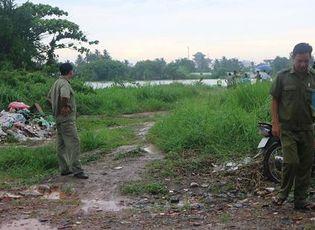 An ninh - Hình sự - Phát hiện thi thể người đàn ông đội mũ bảo hiểm trôi trên sông