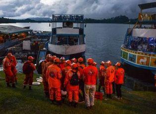 Tin thế giới - Chìm tàu du lịch chở 170 khách tại Colombia, ít nhất 9 người thiệt mạng