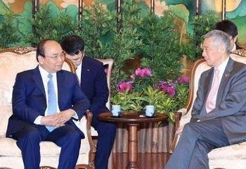 Tin tức - Lễ đón chính thức Thủ tướng Nguyễn Xuân Phúc thăm Singapore