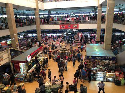 Cảnh giác trước những mặt hàng hay bị làm giả ở chợ Đồng Xuân, Bến Thành - ảnh 1