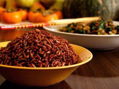 Tưởng ăn nhiều cá, gạo lứt, rau mầm sẽ tốt ai ngờ vẫn mắc bệnh - ảnh 1