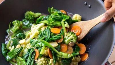 6 thói quen nấu ăn tại nhà dễ gây ung thư - ảnh 1