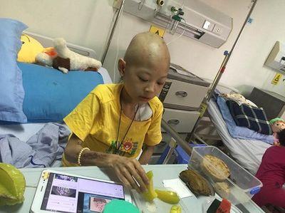 Các bệnh viện Hà Nội vắng vẻ vào ngày làm việc đầu năm - ảnh 1