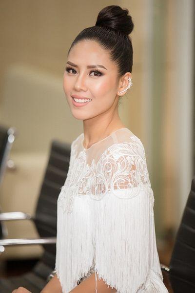 Nguyễn Thị Loan tự tin sẽ tạo nên sự khác biệt tại Hoa hậu Hoàn vũ Thế giới 2017 - ảnh 1