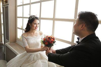 Đám cưới của Thiên Lôi to béo nhất Táo quân và bà xã xinh như hotgirl - ảnh 1
