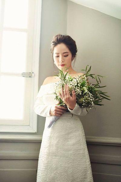 """Ngắm bộ ảnh cưới của MC """"Chúng tôi là chiến sĩ"""" trong ngày Valentine Trắng - ảnh 1"""