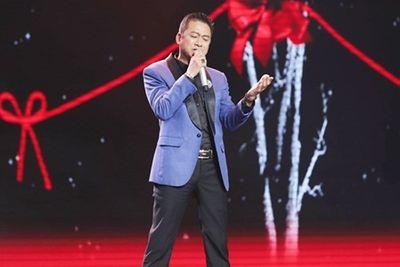 """""""Ông bố đơn thân"""" team Ngọc Sơn mong…đổi đời sau """"Thần tượng Bolero"""" - ảnh 1"""