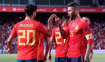 Video: Á quân World Cup 2018 Croatia bị Tây Ban Nha vùi dập 6 bàn không gỡ - ảnh 1