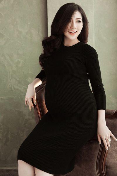Trọn vẹn bộ ảnh xinh đẹp rạng ngời của Á hậu Tú Anh trong những tháng cuối thai kỳ - ảnh 1