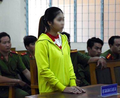 Cô gái trẻ lãnh 12 năm tù vì xúi trẻ vị thành niên giết người - ảnh 1