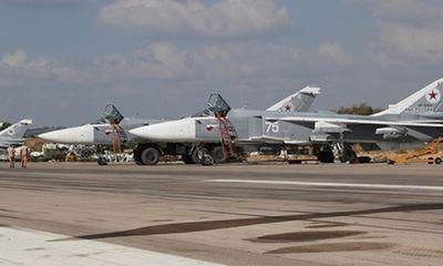Phiến quân dùng 13 máy bay đồng loạt tấn công căn cứ của Nga ở Syria - ảnh 1