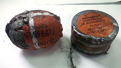 Hé lộ nguyên nhân ban đầu vụ rơi máy bay ở Nga sau khi giải mã hộp đen - ảnh 1