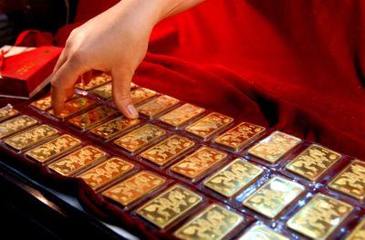Giá vàng hôm nay 16/12: Vàng SJC tăng tục tăng nhẹ - ảnh 1