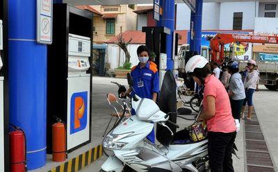 Dự báo xăng tăng giá vào ngày mai