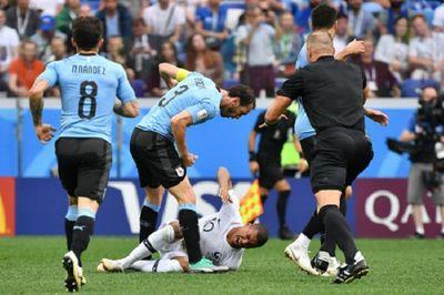 """Lộ mặt hai """"diễn viên"""" xuất sắc nhất tại World Cup 2018 - ảnh 1"""