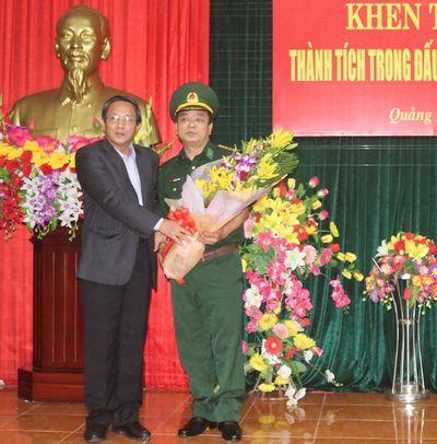 Thưởng nóng lực lượng triệt phá đường dây vận chuyển ma túy từ Lào về Việt Nam - ảnh 1