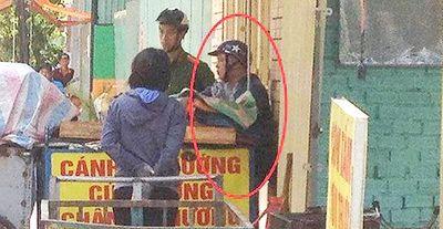 Nổ súng khống chế nghi can dùng hung khí tấn công nữ chủ tiệm cơm - ảnh 1