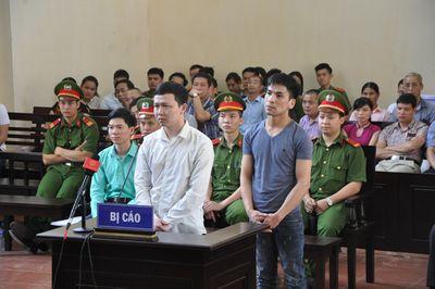 Xử bác sĩ Hoàng Công Lương: Chủ tọa đề nghị công an mời một luật sư ra khỏi phòng xử - ảnh 1