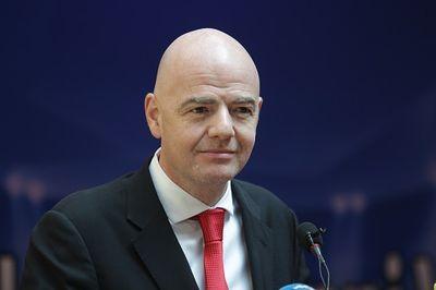 Chủ tịch FIFA thăm Việt Nam, sau thành công của U23 - ảnh 1