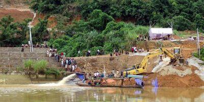 Vụ sập cầu đang thi công ở Tuyên Quang: 3 thi thể đã được tìm thấy