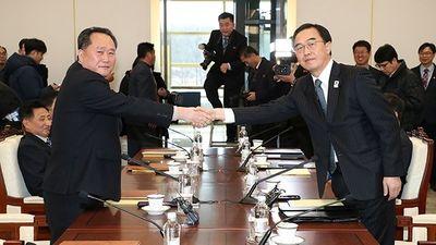 Hàn Quốc cân nhắc dỡ bỏ một loạt biện pháp trừng phạt Triều Tiên - ảnh 1