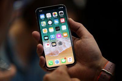 Hàng loạt iPhone chạy iOS cũ có nguy cơ bị tấn công do lộ mã nguồn - ảnh 1