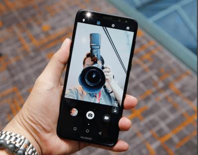 Những smartphone tầm trung được đánh giá là chụp selfie tốt nhất - ảnh 1