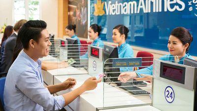 Sốc vì giá từ 350 nghìn/cặp vé khứ hồi không hành lý ký gửi của Việt Nam Airlines - ảnh 1