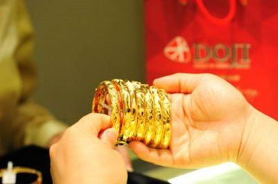 Giá vàng hôm nay 18/11: Vàng SJC tăng vọt 80 nghìn đồng/lượng - ảnh 1