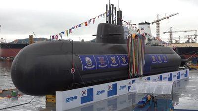 """Hàn Quốc """"trình làng"""" tàu ngầm 3.000 tấn tự đóng đầu tiên - ảnh 1"""