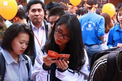 Ngày hội Tư vấn tuyển sinh 2018 thu hút hàng nghìn học sinh tham dự - ảnh 1