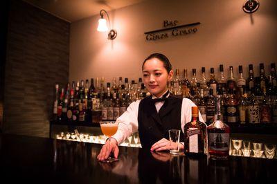 Bartender – Cánh cửa mới cho du học sinh Việt tại nước ngoài - ảnh 1