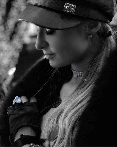 Paris Hilton hạnh phúc ngất ngây khi được tặng nhẫn đính hôn 2 triệu USD - ảnh 1