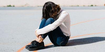 Chuyên gia tâm lý mách phụ nữ 5 cách vượt qua nỗi đau chia tay  - ảnh 1