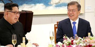 Có gì trong chiếc usb Tổng thống Hàn Quốc trao cho lãnh đạo Triều Tiên? - ảnh 1