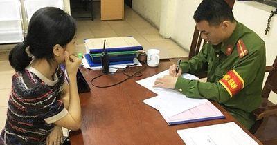 Công an TP.HCM tiến hành thu thập thông tin dân cư đối với công dân có hộ khẩu thường trú  - ảnh 1