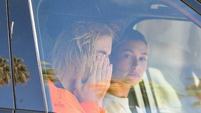 Justin Bieber bật khóc bên vợ vì tin Selena Gomez nhập viện điều trị tâm thần? - ảnh 1