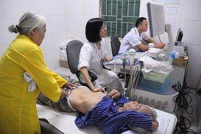 Nữ bác sĩ 9x bị mất 1 chân: Tôi vẫn thấy mình rất may mắn hơn nhiều người - ảnh 1